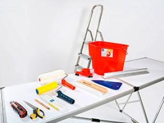 Какие инструменты нужны для поклейки обоев