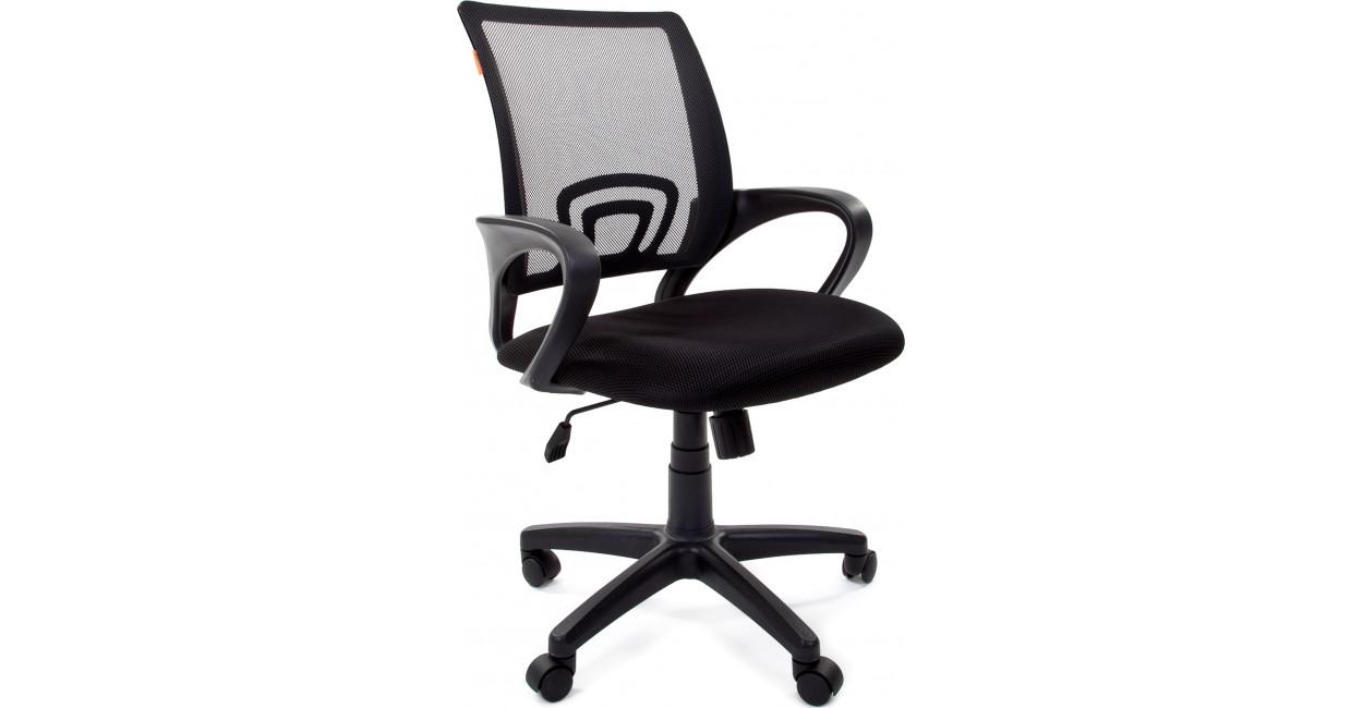 Кресла с сеточкой: особенности и преимущества