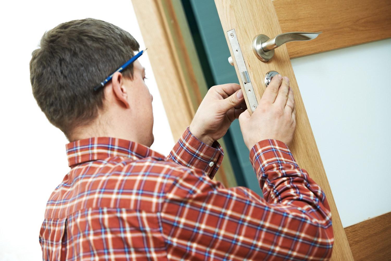 Установка межкомнатной двери: рекомендации экспертов