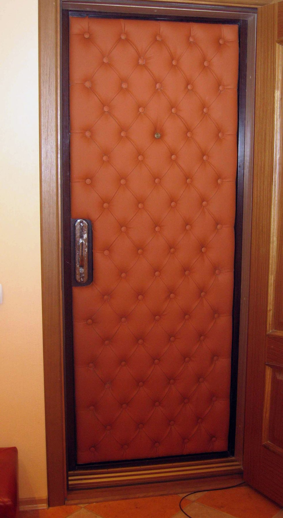 Утепление входных дверей